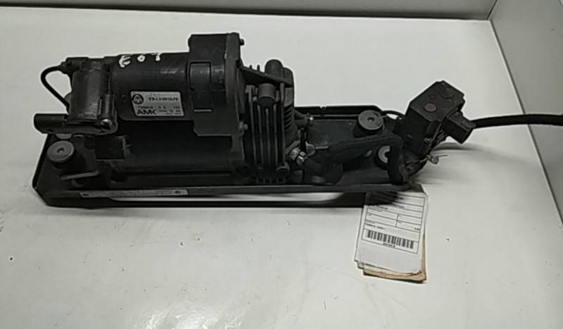 Compressor De Suspenção BMW 5 Touring (E61)   04 - (20210518).
